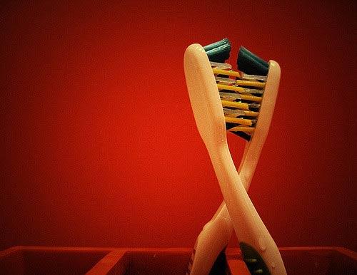 ¿Conoces Dentrust, el cepillo de dientes de tres lados?
