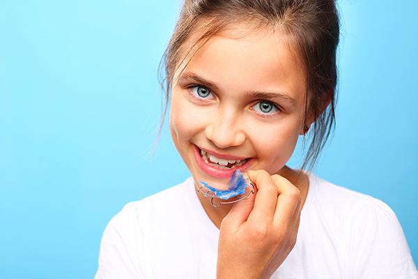 uso de disyuntor para la expansión maxilar