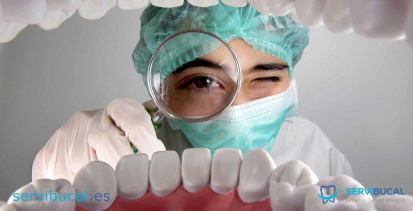 ¿Qué tipos de enfermedades bucales son las más habituales y cuáles son sus características?