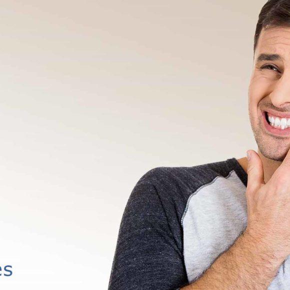 ¿Qué es la sensibilidad dental? Causas y como ayudar a calmar el dolor