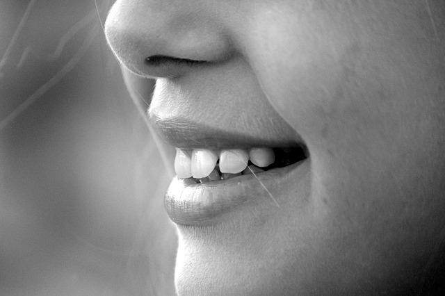 ¿Cómo combatir la infección de encías?