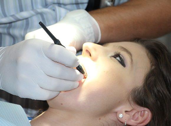 ¿En qué consiste la gingivectomía?